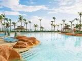 Atlantis Paradise Island, Beach Tower