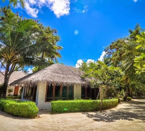 Cinnamon Dhonveli Maldives (korábban: Chaaya Island Dhonveli)